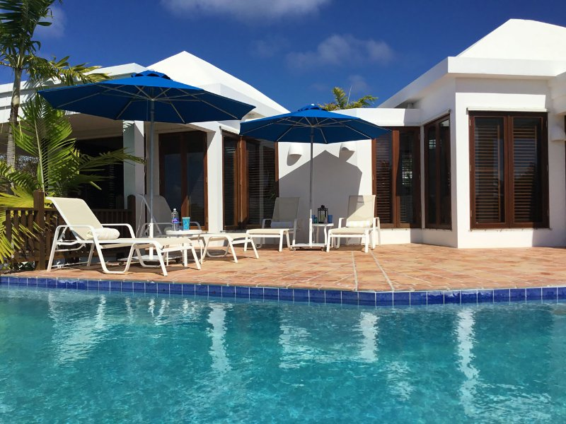 Beach Palm Villa - 2 Bedrooms