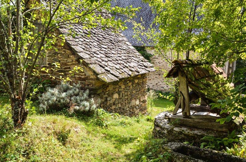 Romantisches und rustikales Steinhaus mit Garten, location de vacances à Beaulieu-sur-Dordogne