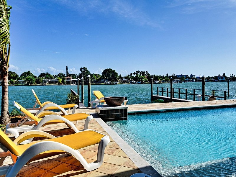 Buccaneer water front vacation rental in Treasure Island, Florida.