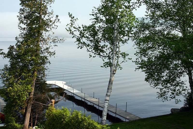 Chalet au bord du lac Massawippi, holiday rental in North Hatley