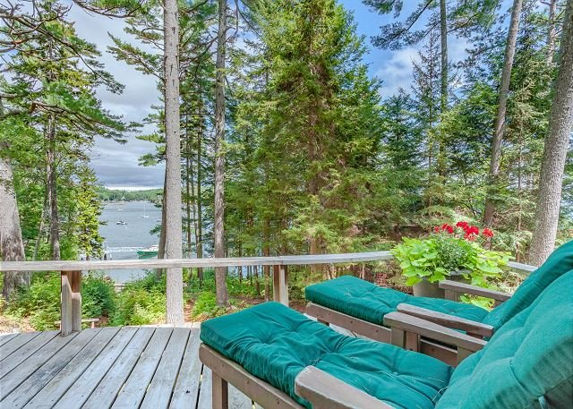Chic Studio Cabin in Boothbay Harbor: Ocean Views, Sprucewold Beach Access, location de vacances à Bayville