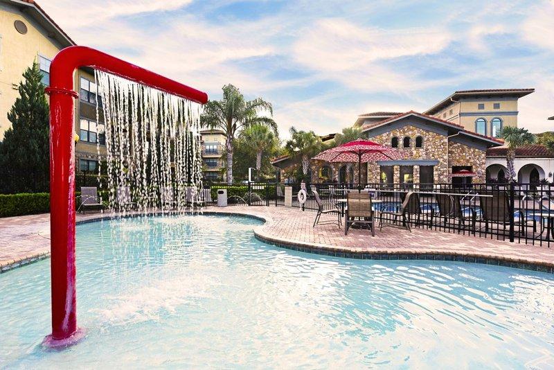 Hotel, Resort, Building, Pool, Water