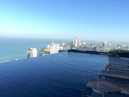 Centric Sea Pattaya with Panoramic City View, aluguéis de temporada em Nong Prue