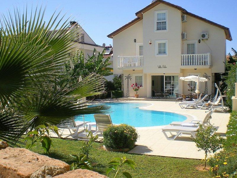 Jardin et piscine de Molla Hasan Cd