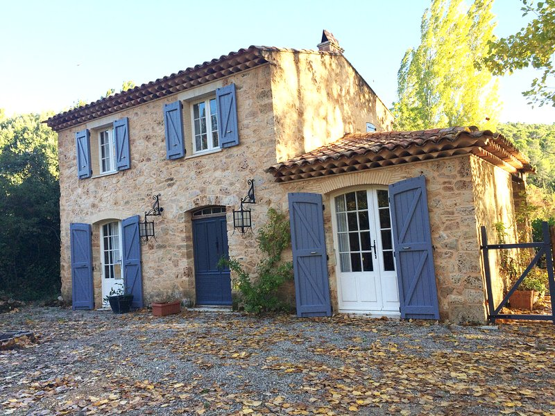 winter break in stone cottage in provence, holiday rental in Salernes