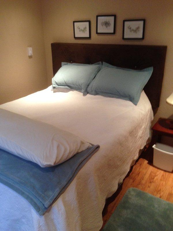 Foam queen mattress with memory foam topper