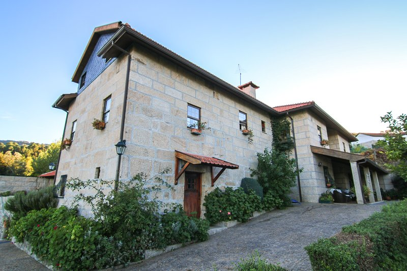 Casa Rural da Costeira, vacation rental in Viseu District