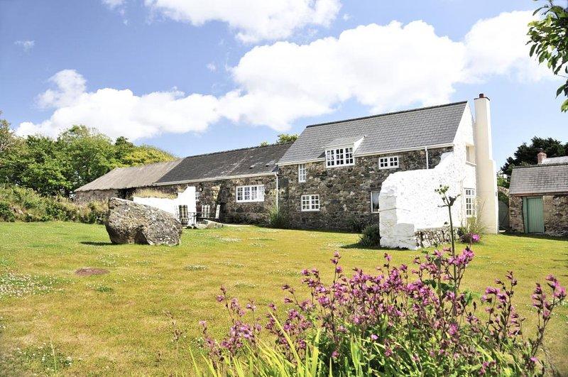 Holiday cottage near the coast