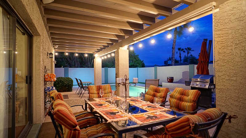 Entertain or enjoy a romantic dinner in the warm Scottsdale nights.