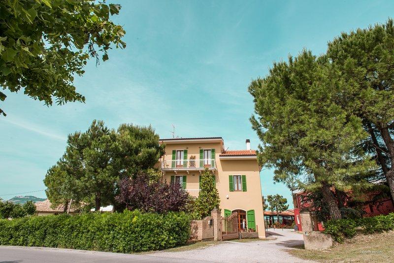 Dimora di Campagna Tenuta Cocci Grifoni, holiday rental in Province of Ascoli Piceno