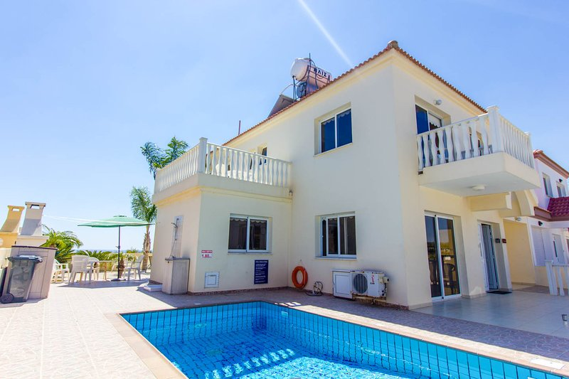 Villa Nishita with in walking distance of Nissi beach and Ayia Napa centre with sea views and pool.