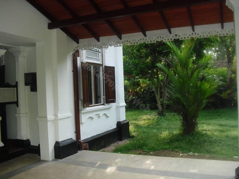 Colonial House for lease, vacation rental in Bentota
