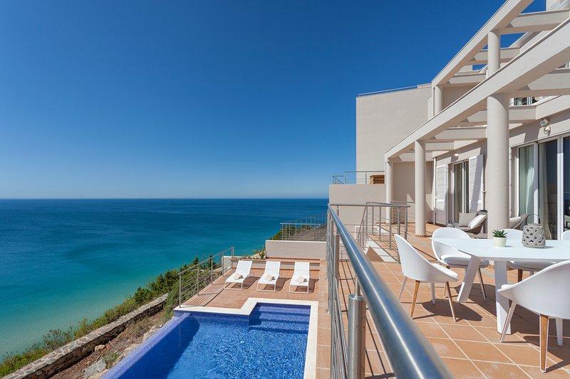 Villa Mar A Vista, holiday rental in Salema