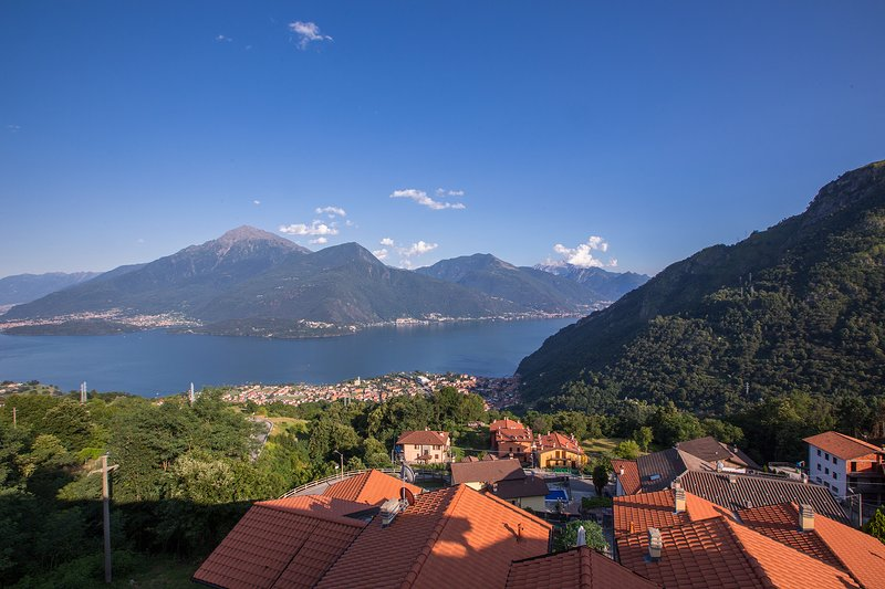 Borgo La Sorgente - Tulipano, holiday rental in Gravedona ed Uniti