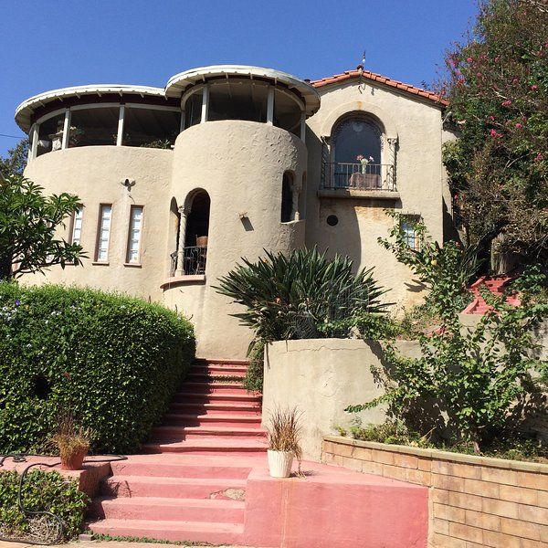Peaceful Luxury In Los Feliz 'castle' With VIEW UPDATED