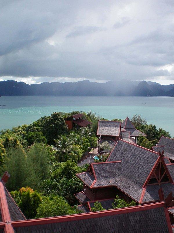 Contemplar chalet en la punta de la península con vistas al mar de Andaman
