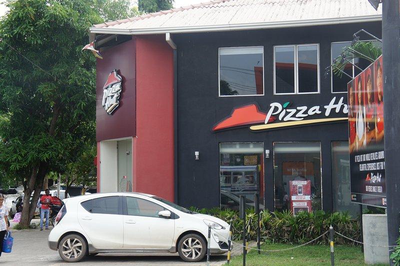 10 minuter på Pizza Hut