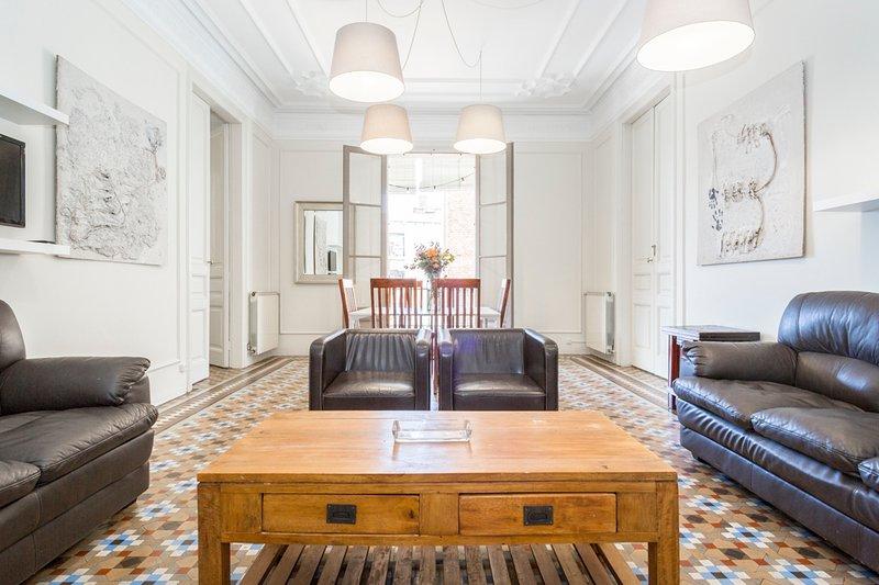 SIBS RAMBLA - Cozy Big Apartment, Ferienwohnung in Barcelona