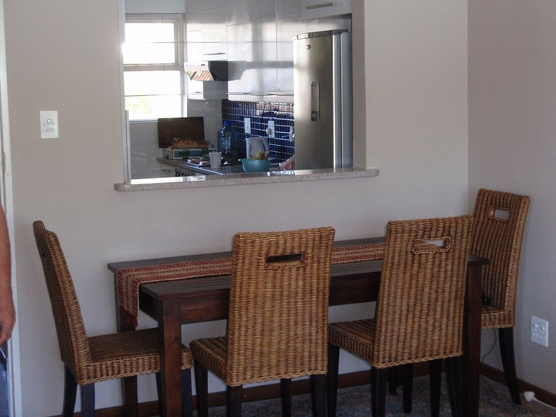 Vista desde la sala de estar en la cocina