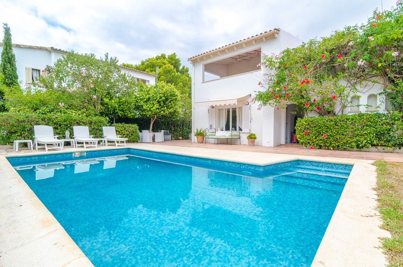CAN FERRO - Villa for 6 people in Cala Blava, holiday rental in Puig de Ros