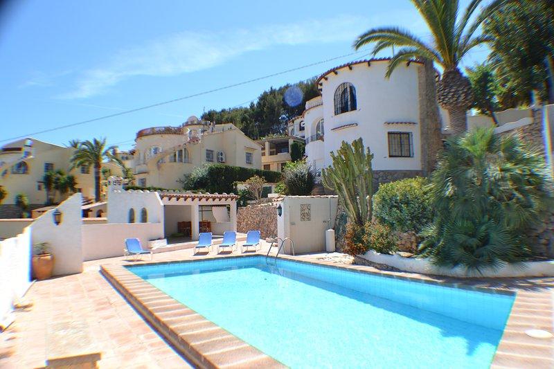 Casa los Delphines 2 Bedroom, with air conditioning and private pool, aluguéis de temporada em Moraira