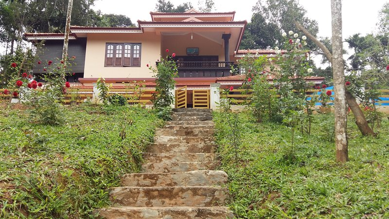 Wayanad Avenue Home stay, holiday rental in Thavinhal