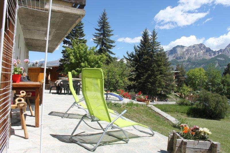 PRA LOUP. Alpes du Sud - RdC Chalet 6/8 pers, holiday rental in Enchastrayes