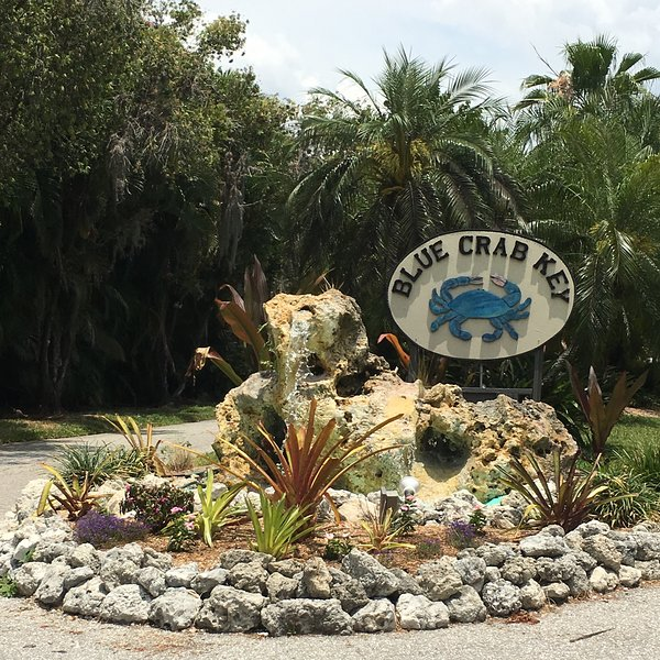 Pine Island Hideaway ~ competitive rates!, casa vacanza a Bokeelia