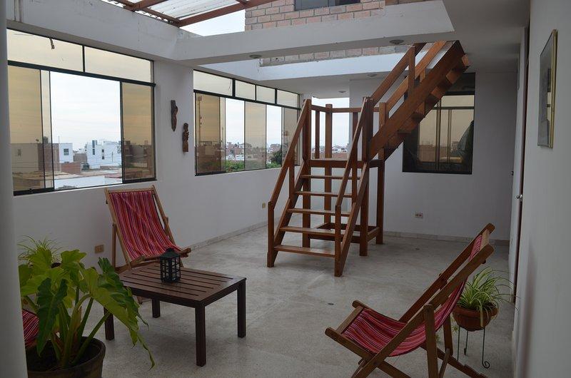 Treppe von der Terrasse auf dem Dach Terrasse