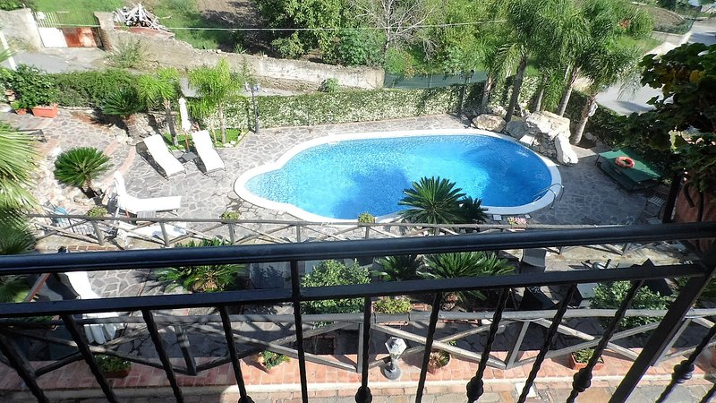 WONDERFUL VILLABELLA IN TAORMINA AREA!, holiday rental in Casalvecchio Siculo