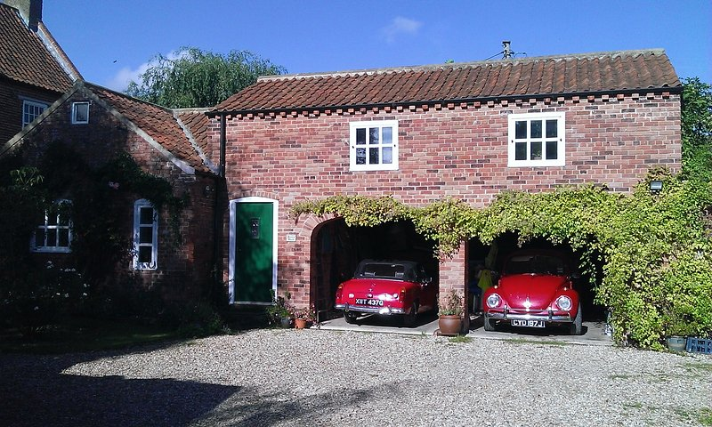 Front of Berry Barn in glorious October sunshine