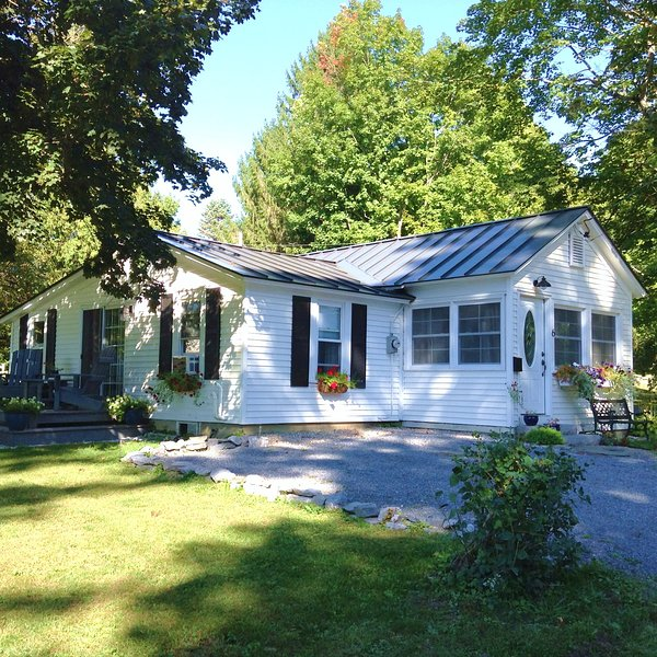 The Little House Vermont, holiday rental in Orwell