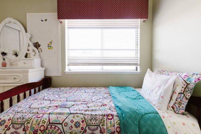 Boven slaapkamer # 3 met twee aparte bedden