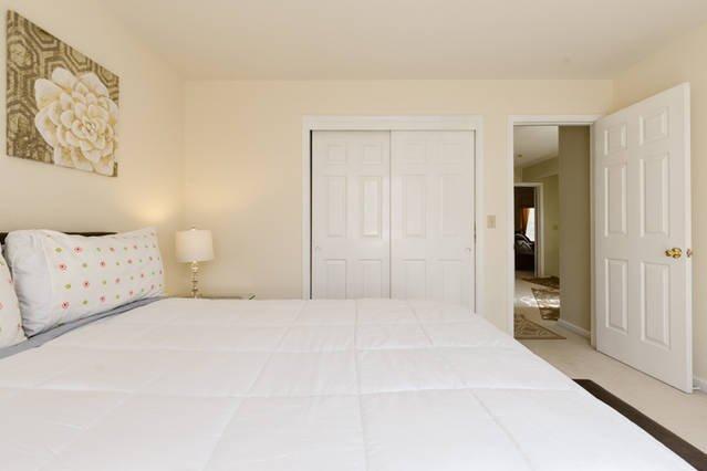 Boven Slaapkamer # 4 met Queen Bed
