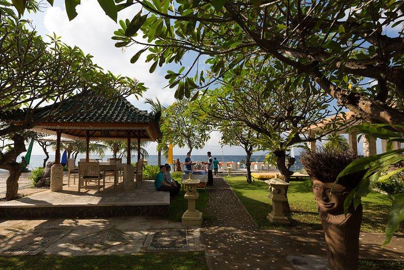 Villa Estate Sea View Gazebo