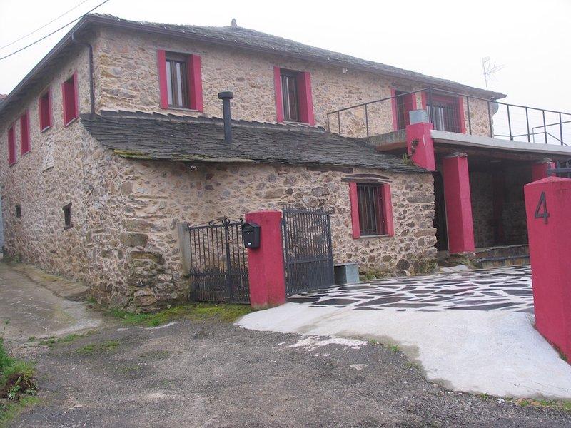 'Duende de Paraxas' Casa Vacacional, holiday rental in Sober