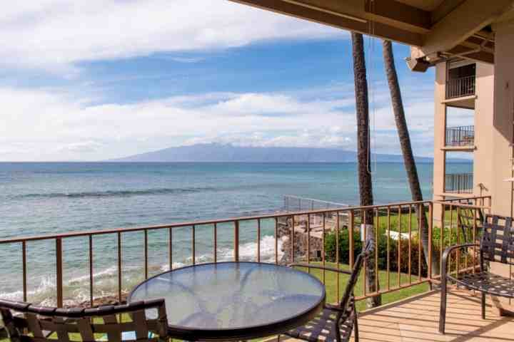 Welcome to Pikake B5 - Pefect spot to watch whales and sunsets!
