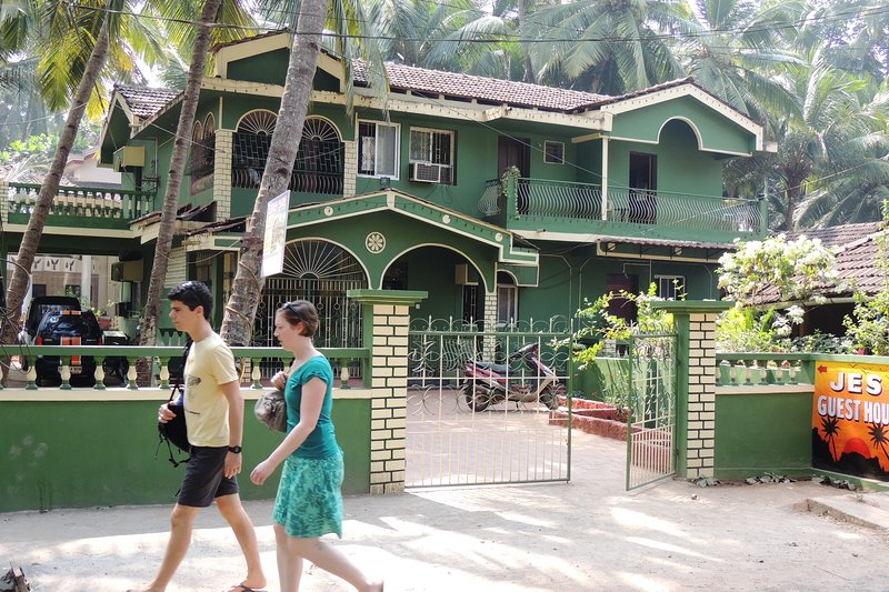 JES GUEST HOUSE, vacation rental in Ponda