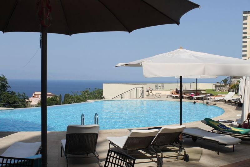 FANTASTIC APARTAMENT with Pool & View