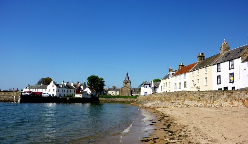 3 Castle Street, Anstruther - Spectacular views by the sea, holiday rental in Anstruther