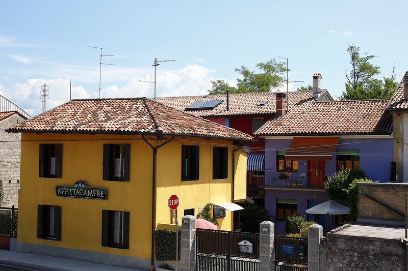 House Residence Skittles Udine - rooms & apartments in Udine
