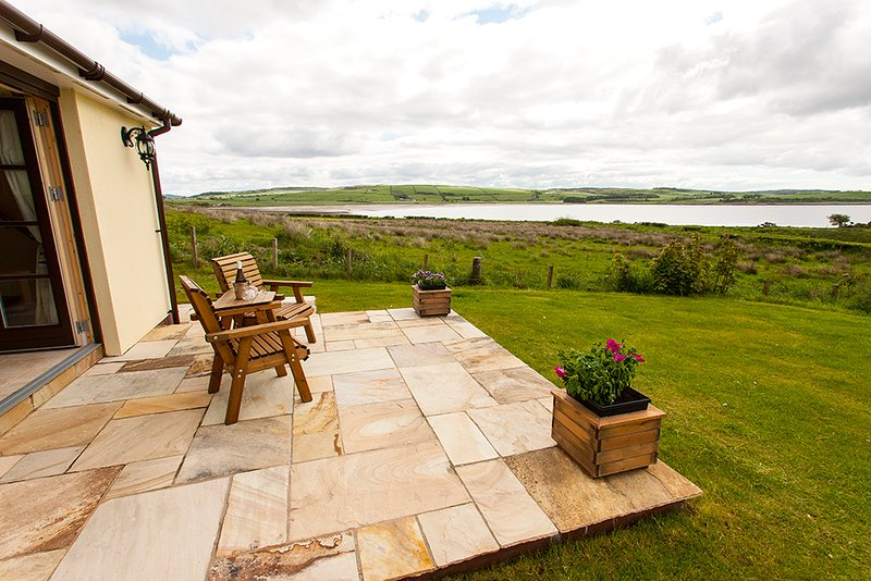 A wee glass of bubbly sit back and enjoy the view from Ettrick Cottage