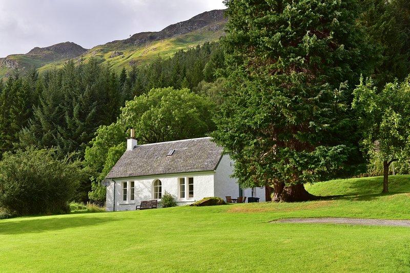Gardener's Cottage, holiday rental in Fearnan