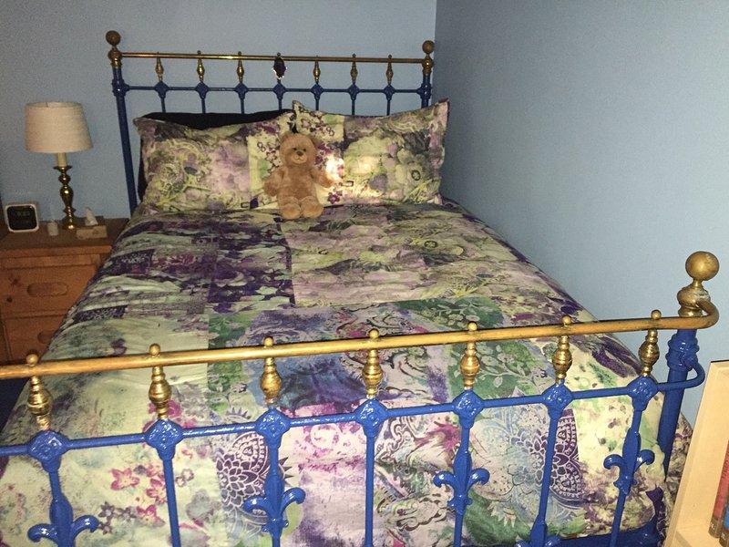 cama de bronce de tamaño completo