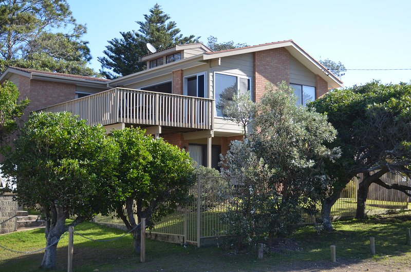View from street of Avoca Beach Getaway