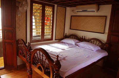 houseboat alappuzha, vacation rental in Athirappilly