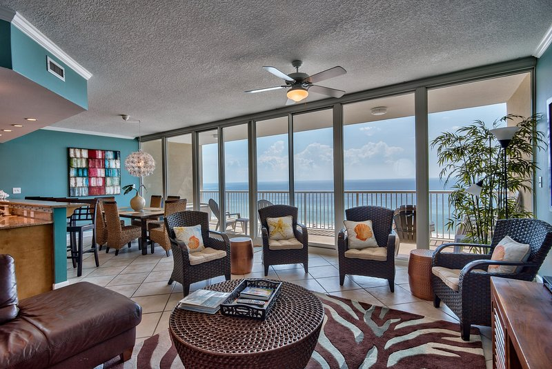 Virtual SCHOOL-WORK at the Beach! 30ft wall of Glass, views, value at Ooh-La-La, holiday rental in Gulf Shores