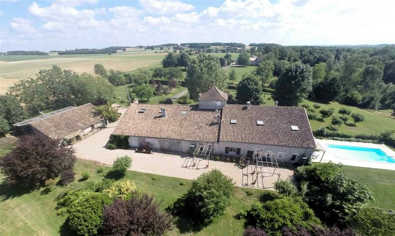 Ariel view showing the rural landscape. Cottages de Garrigue is set in 7 acres of private garden.