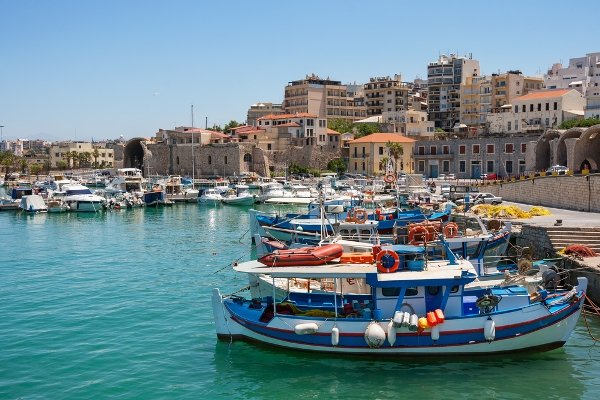 The nearby city of Heraklion