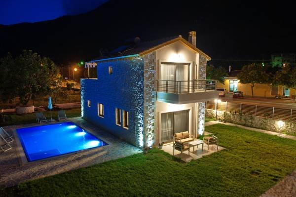 Avesta Private Villas, holiday rental in Fterno